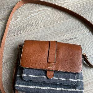 Fossil purses